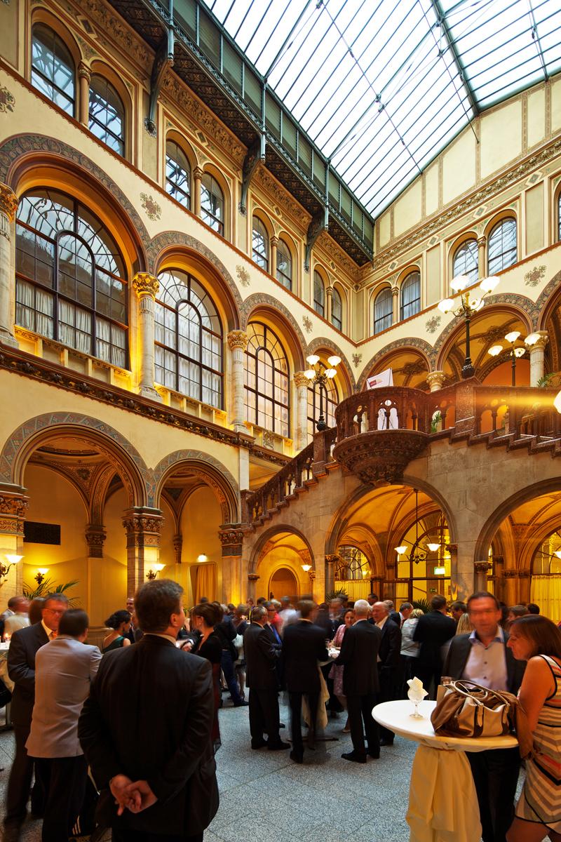 Organizzazione Meeting Congresso Internazionale Vienna LineaCongress.com